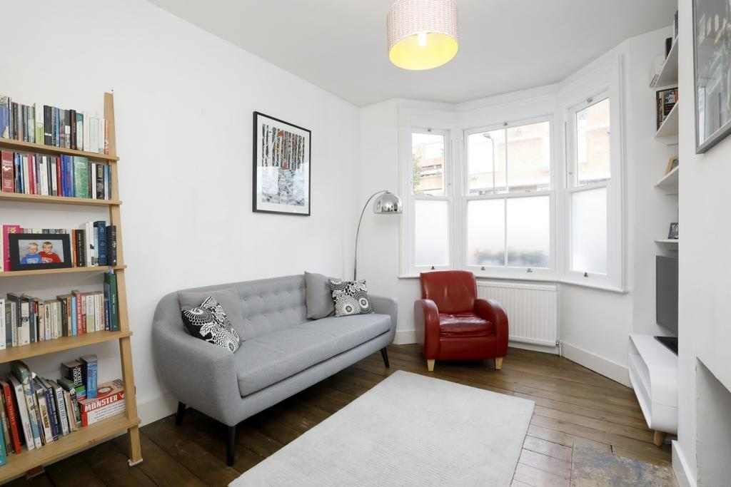 3 Bedrooms House for sale in Reynolds Road, London, SE15