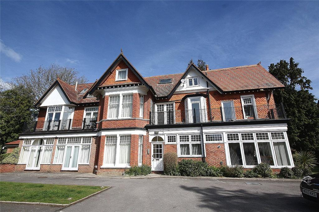 3 Bedrooms Flat for sale in Redcroft, 20 Pinewood Road, Poole, BH13