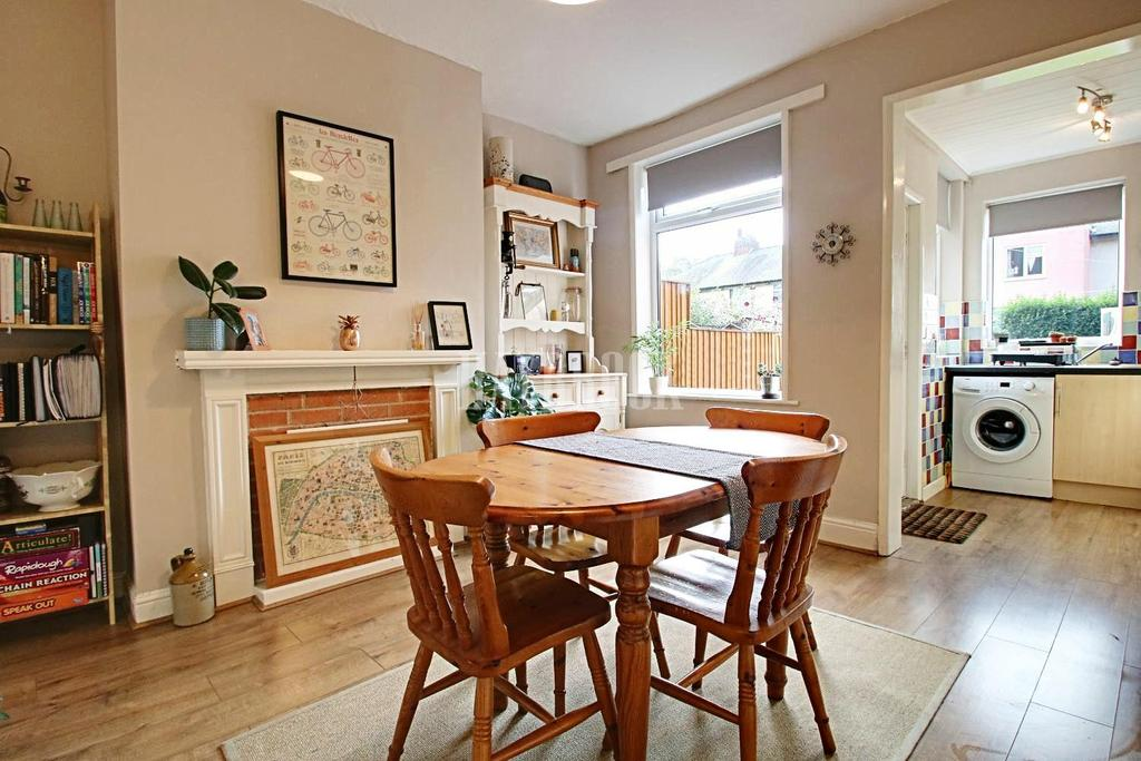 3 Bedrooms Terraced House for sale in Eskdale Road, Hillsborough