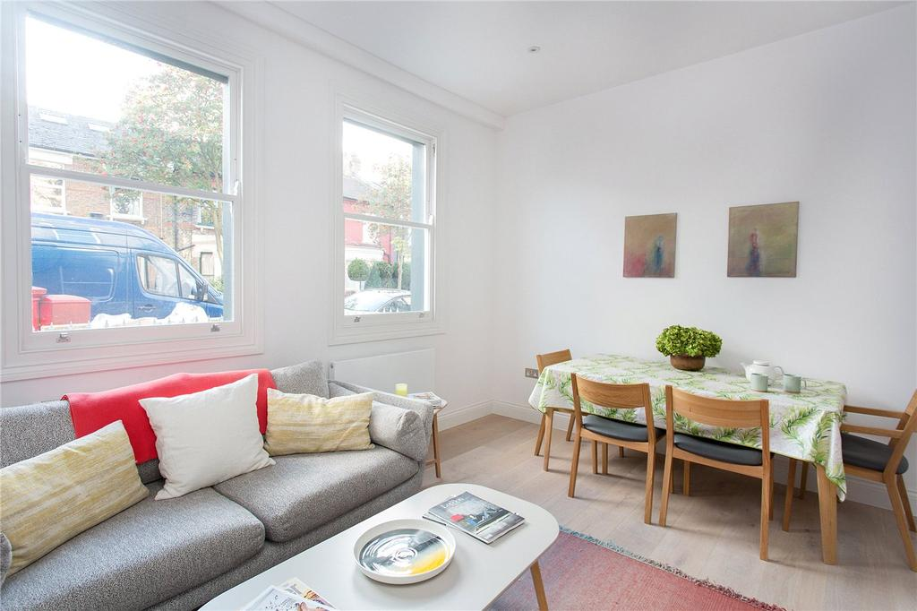 3 Bedrooms Flat for sale in Avenell Road, London, N5