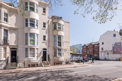 1 bedroom apartment to rent - Grand Parade, Brighton, BN2