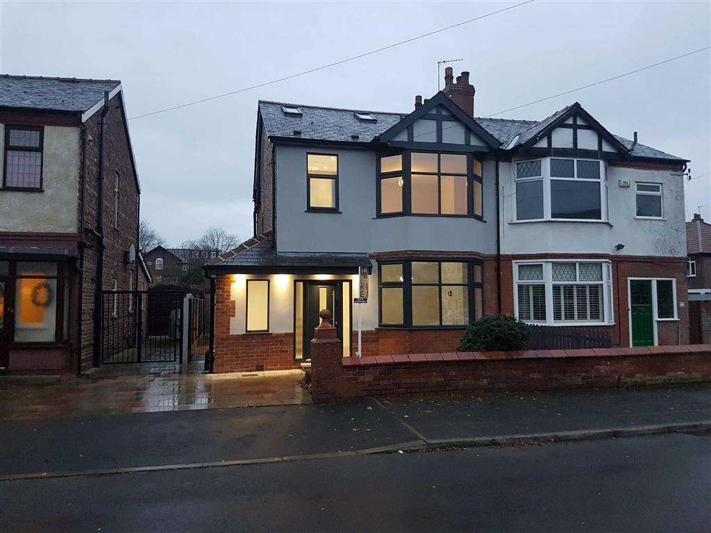 4 Bedrooms Semi Detached House for sale in Daresbury Road, CHORLTON, Manchester