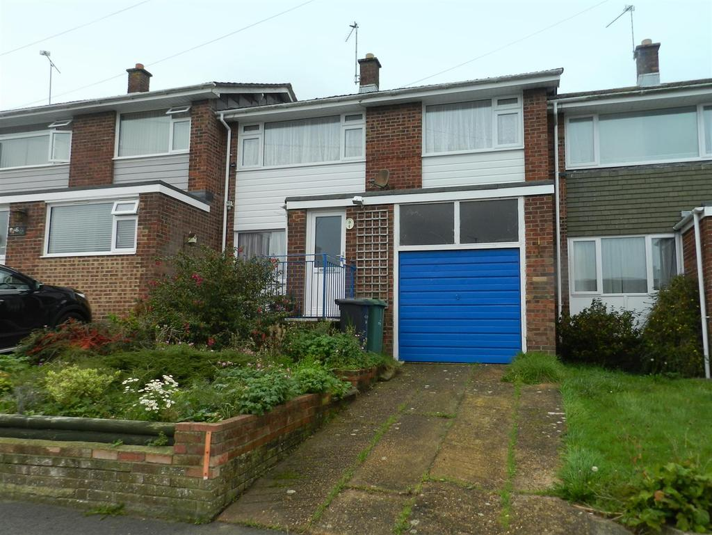 3 Bedrooms Terraced House for sale in Wrexham Avenue, Ryde