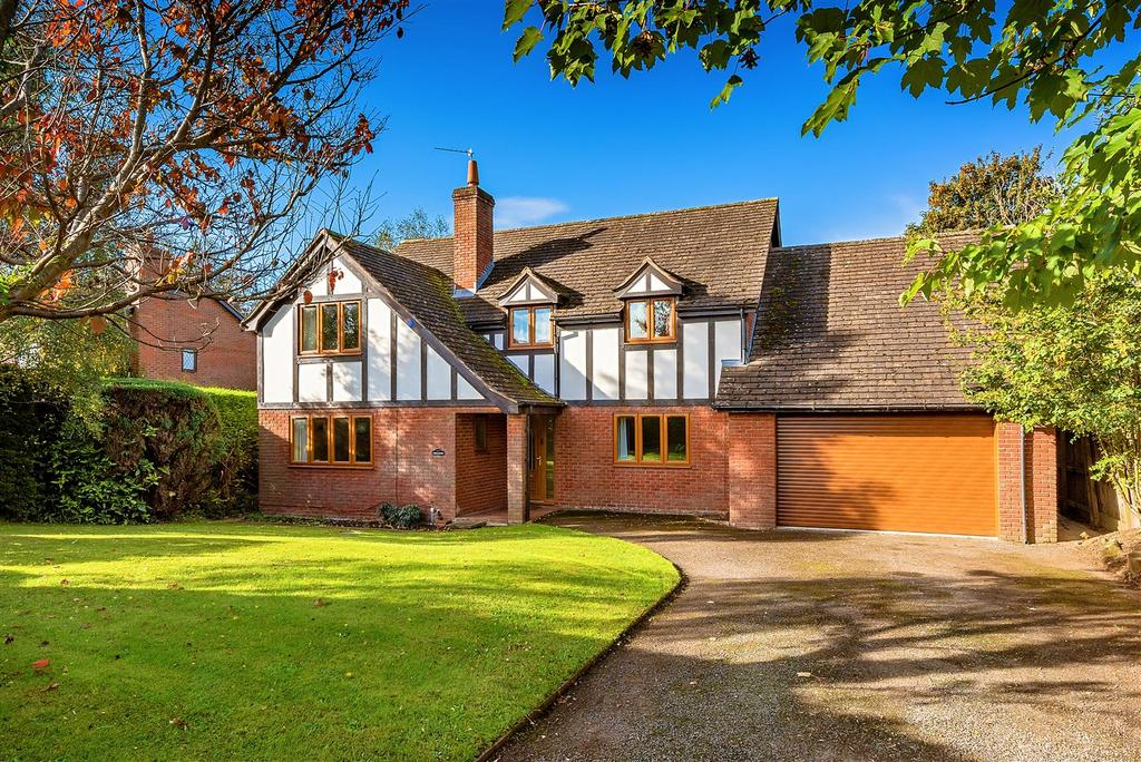 4 Bedrooms Detached House for sale in West Felton, Oswestry