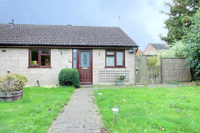 2 Bedrooms Semi Detached Bungalow for sale in Recreation Road, Toftwood, Dereham