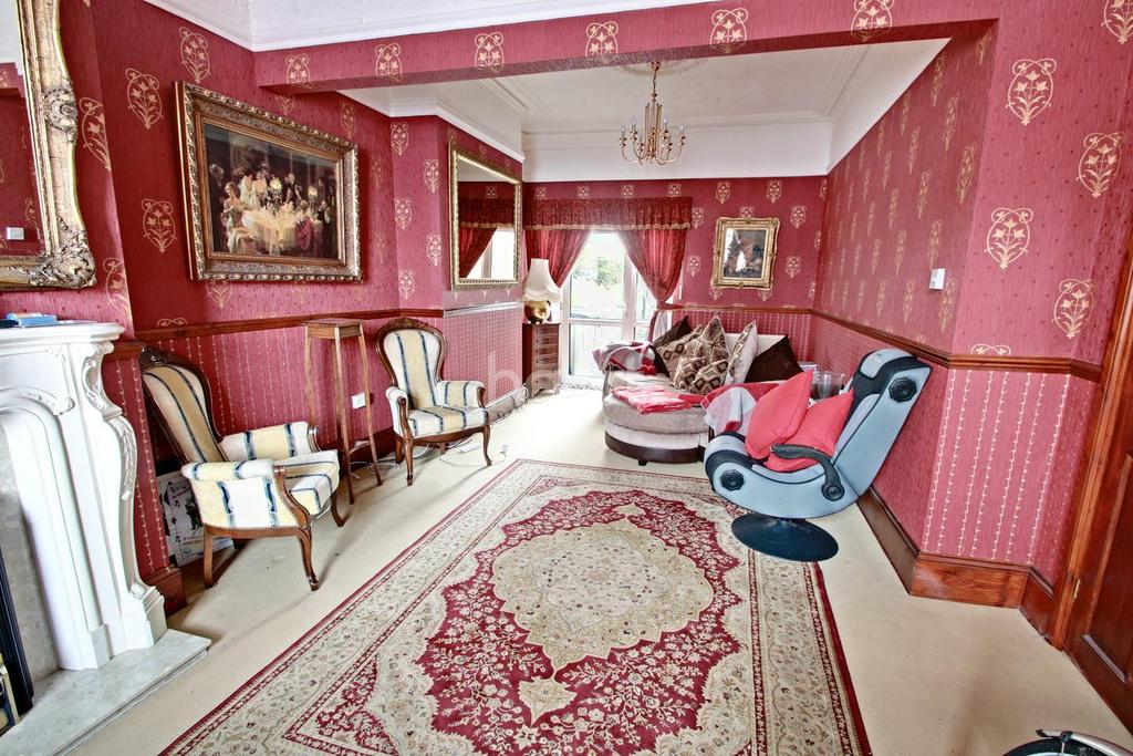 3 Bedrooms Terraced House for sale in Harrow Road, Maindee, Newport