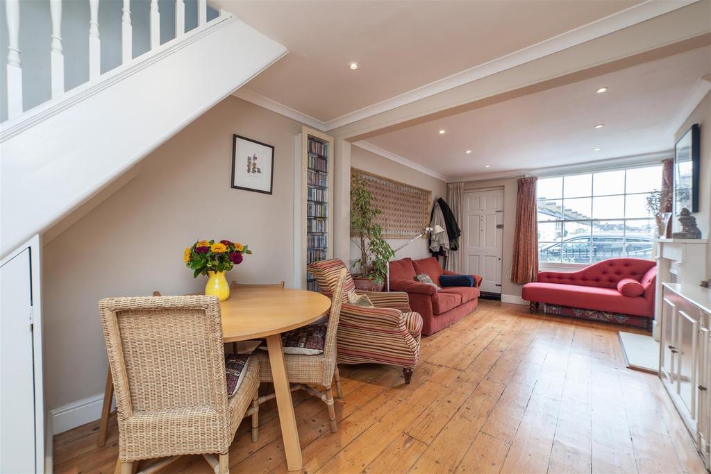 3 Bedrooms House for sale in Cross Street, Barnes