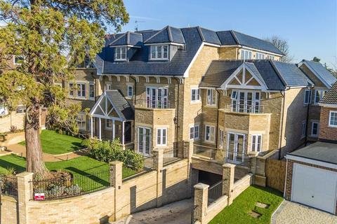 3 bedroom property for sale - The Penthouse, Amaris Lodge, Old Park Road, Enfield, Middlesex