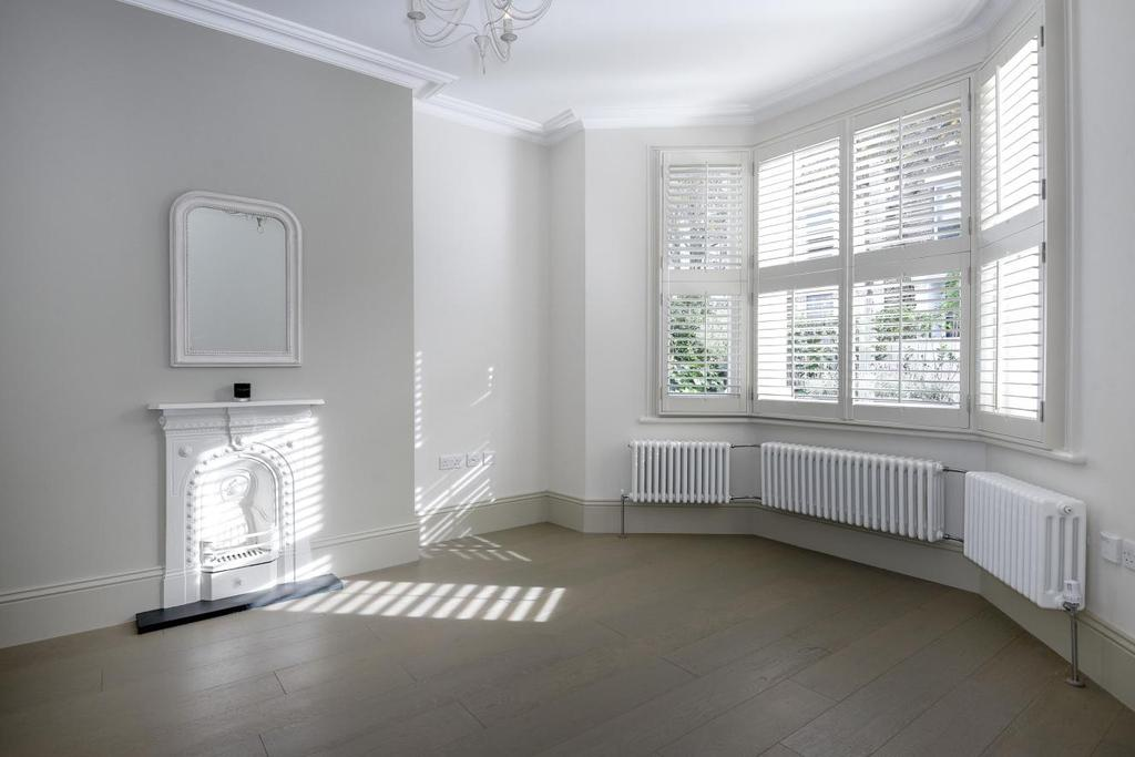 2 Bedrooms Flat for sale in Lena Gardens, Brook Green