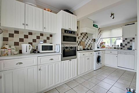 3 bedroom terraced house for sale - Kit Hill Crescent, Plymouth