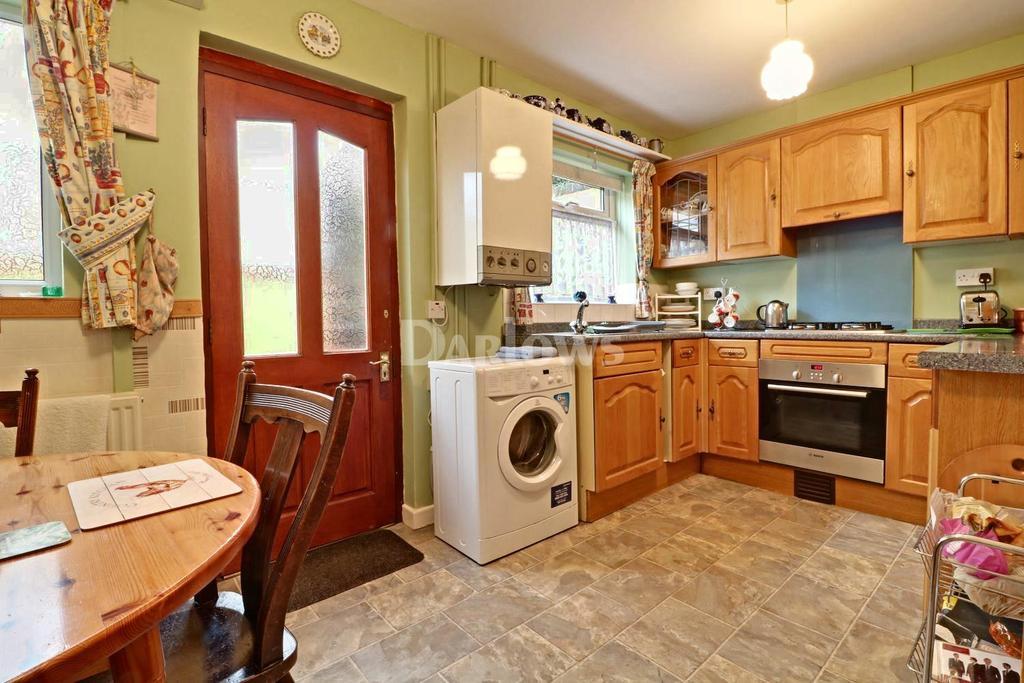 2 Bedrooms Terraced House for sale in Tyntyla Rd, Ystrad
