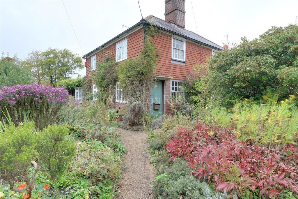 2 Bedrooms Semi Detached House for sale in Wadhurst , East Sussex. TN5