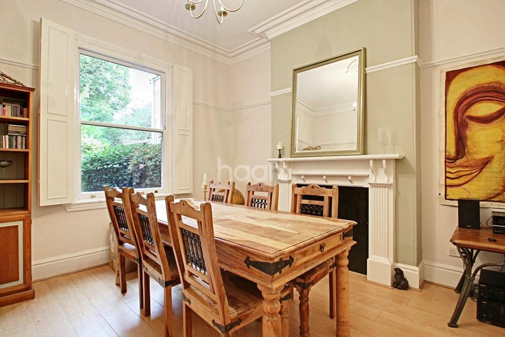 3 Bedrooms Semi Detached House for sale in Stanmore Road, Edgbaston