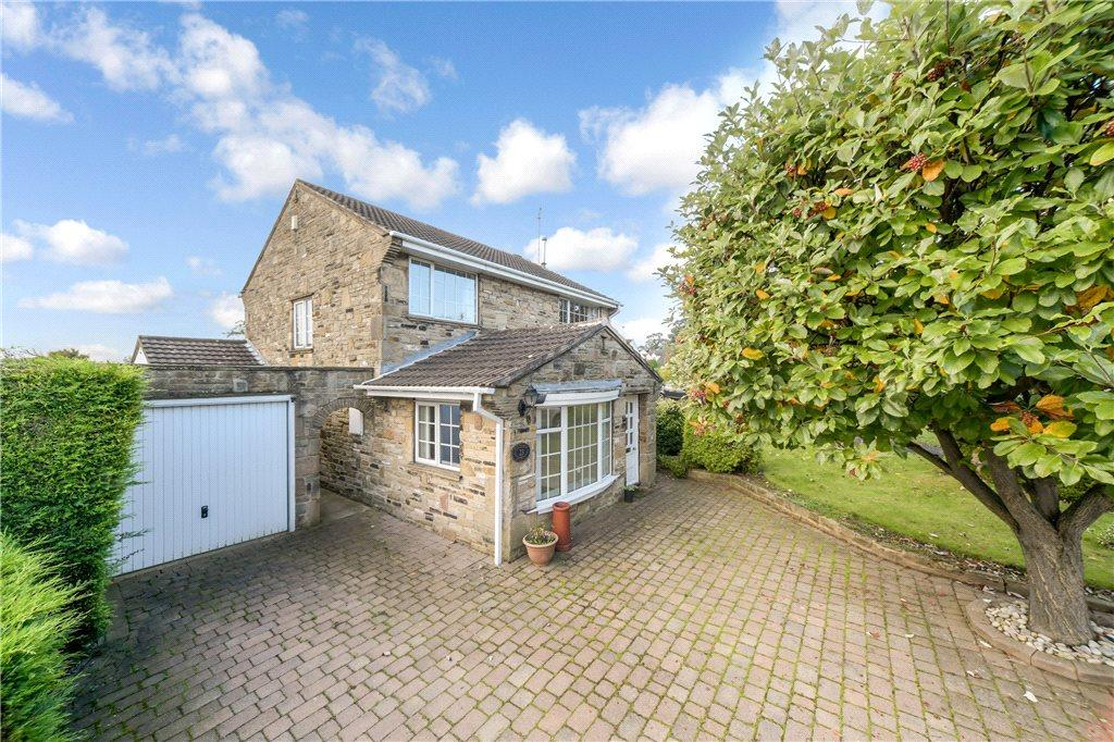 4 Bedrooms Detached House for sale in Fountains Avenue, Boston Spa, Nr Wetherby