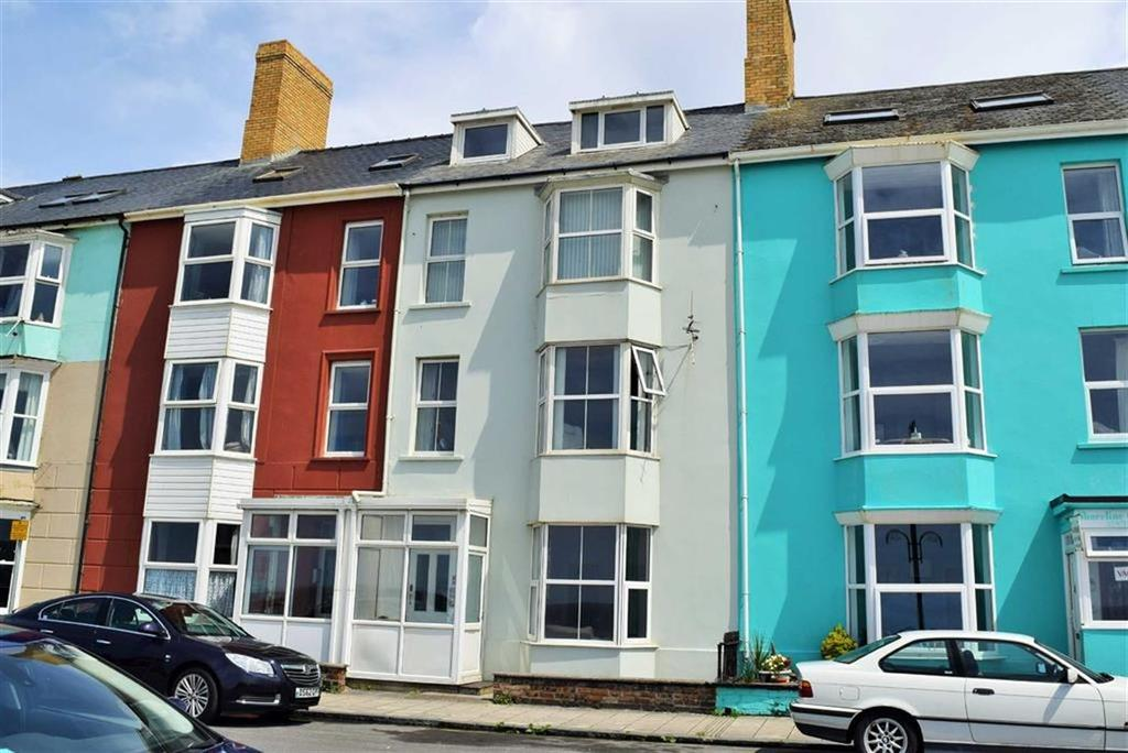 2 Bedrooms Flat for sale in Middle Flat, 5, South Marine Terrace, Aberystwyth, Ceredigion, SY23