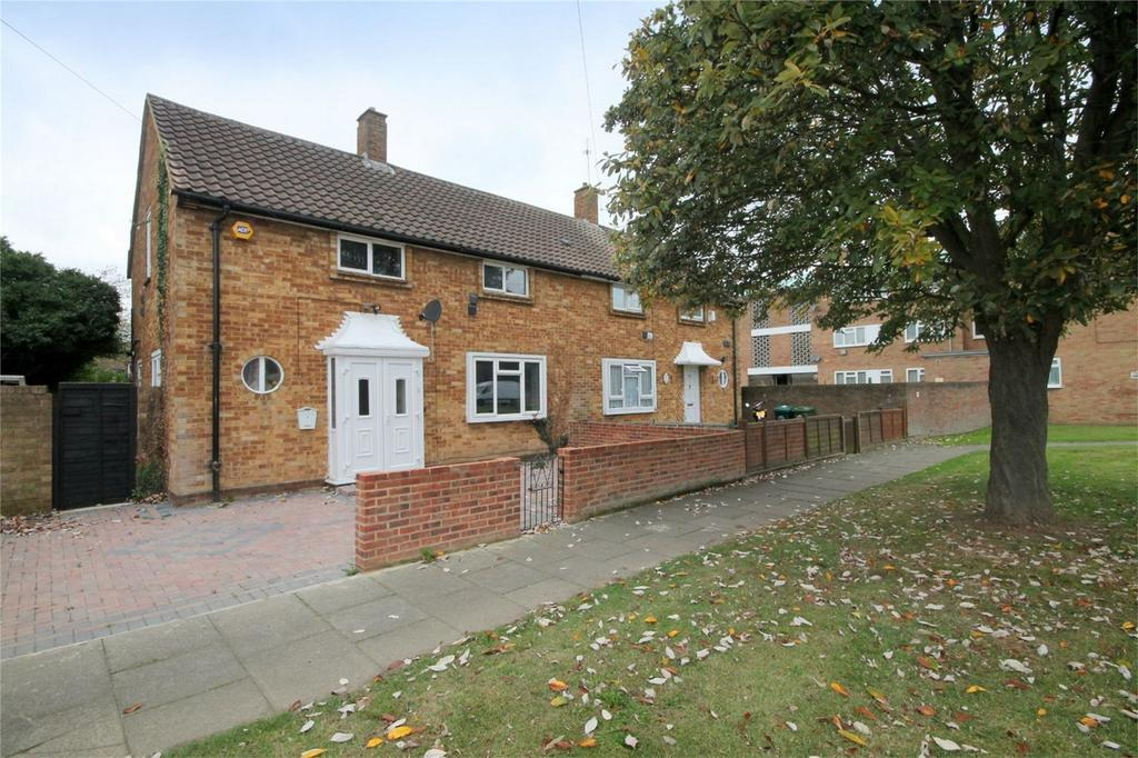 2 Bedrooms Semi Detached House for sale in Hadrian Way, Stanwell, Staines-upon-Thames, Surrey