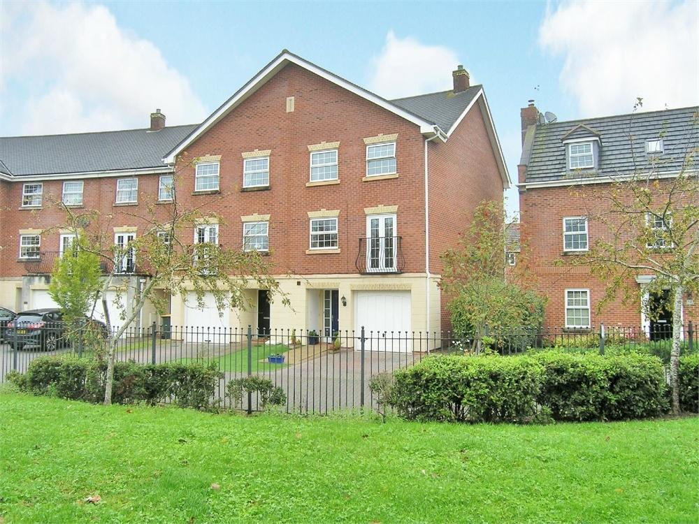 4 Bedrooms End Of Terrace House for sale in Cambrian Crescent, Marshfield, Cardiff