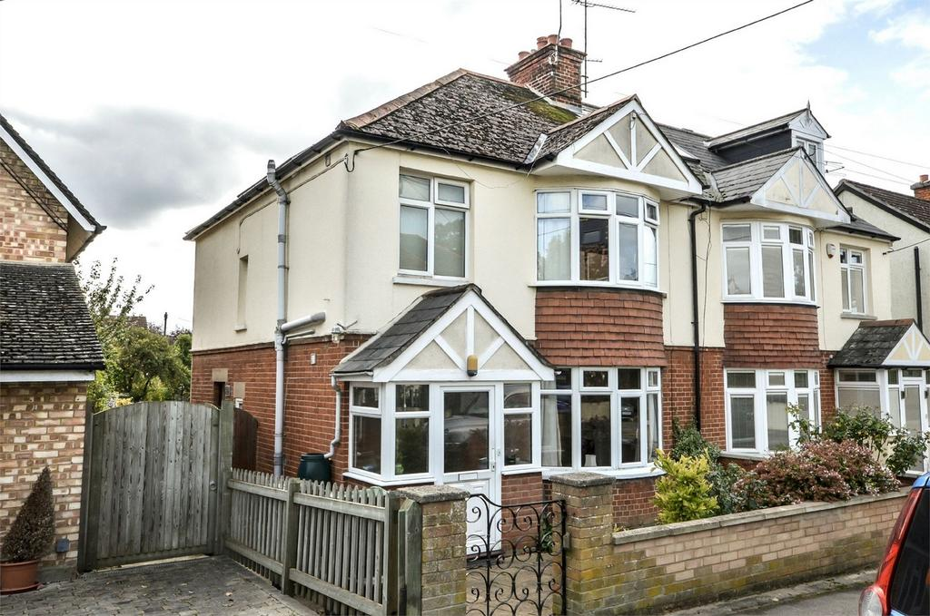 3 Bedrooms Semi Detached House for sale in 4 Summerhill Road, Saffron Walden