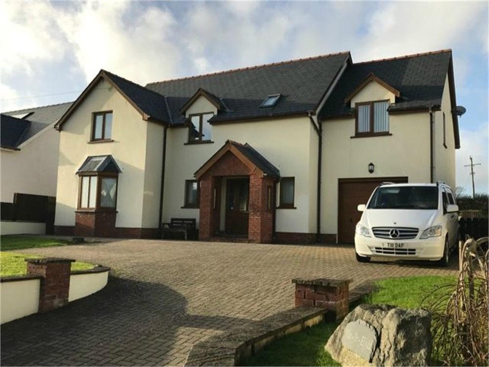 4 Bedrooms Detached House for sale in Min-yr-Efydd, Maenclochog, Clynderwen, Pembrokeshire