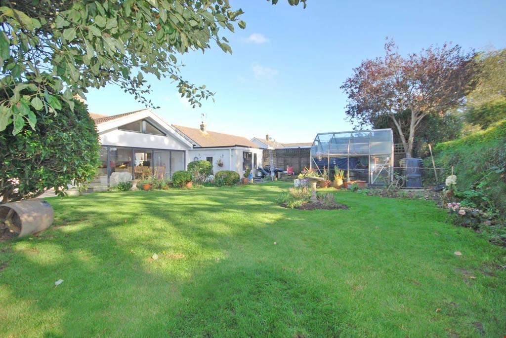 3 Bedrooms Detached Bungalow for sale in Playing Place, Nr. Truro, Cornwall, TR3