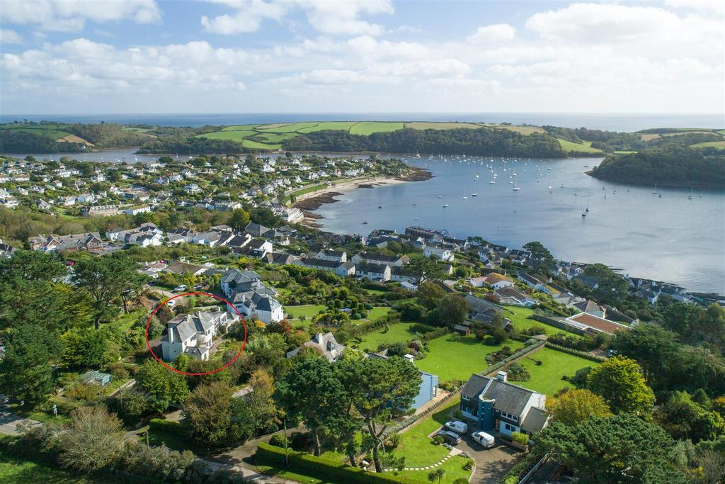 4 Bedrooms Detached House for sale in Trelawney Road, St. Mawes, Truro