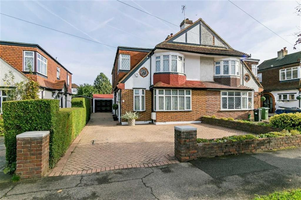 3 Bedrooms Semi Detached House for sale in Briarwood Road, Stoneleigh, Surrey