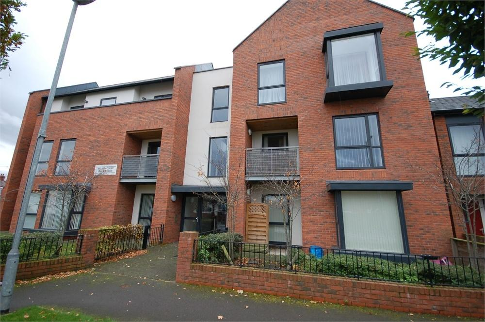 2 Bedrooms Flat for sale in Rainhill Road, Rainhill, PRESCOT, Merseyside