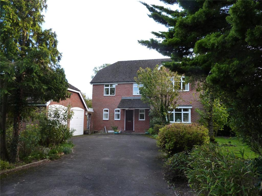 4 Bedrooms Detached House for sale in Chapel Lane, Bishopstone, Salisbury, Wiltshire, SP5