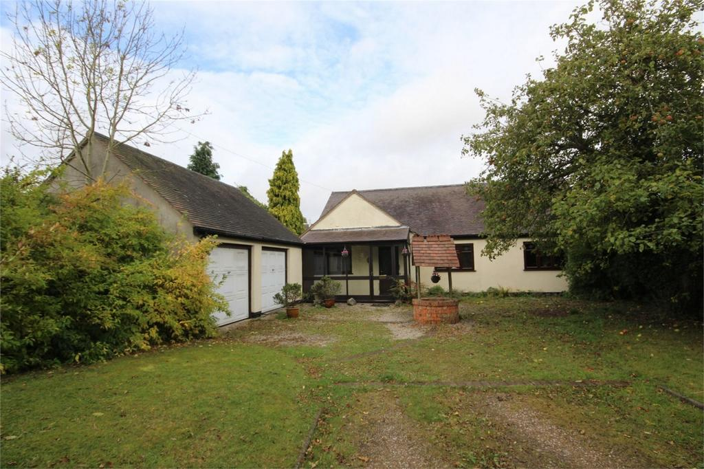 3 Bedrooms Detached Bungalow for sale in Weston Lane, Bulkington, BEDWORTH, Warwickshire