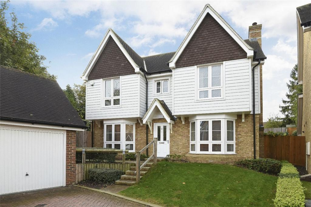 4 Bedrooms Detached House for sale in Lillymonte Drive, Rochester, Kent