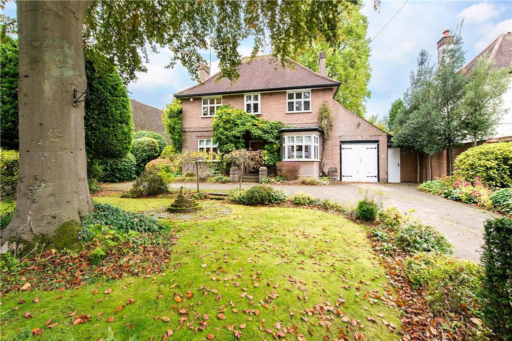 4 Bedrooms Detached House for sale in Cross Oak Road, Berkhamsted, Hertfordshire, HP4