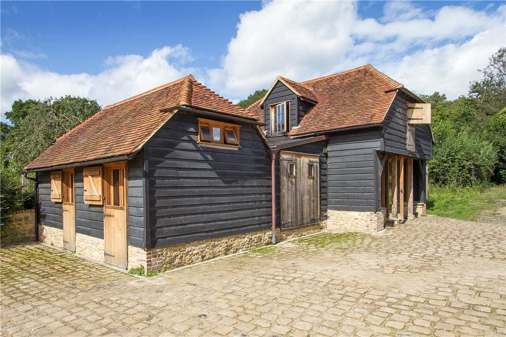 2 Bedrooms Detached House for sale in Tigbourne Farm, Wormley, Godalming, Surrey, GU8