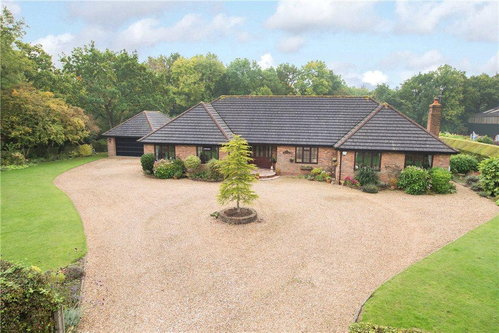4 Bedrooms Detached Bungalow for sale in West End, Haynes, Bedfordshire