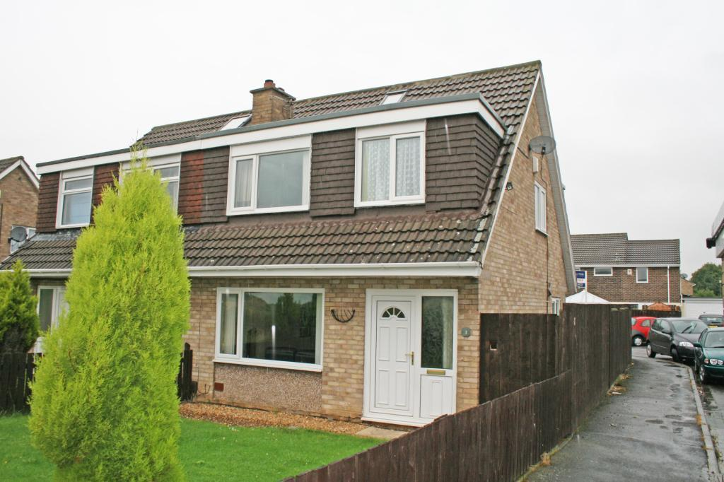 3 Bedrooms Semi Detached House for sale in Eastham Sands, Acklam