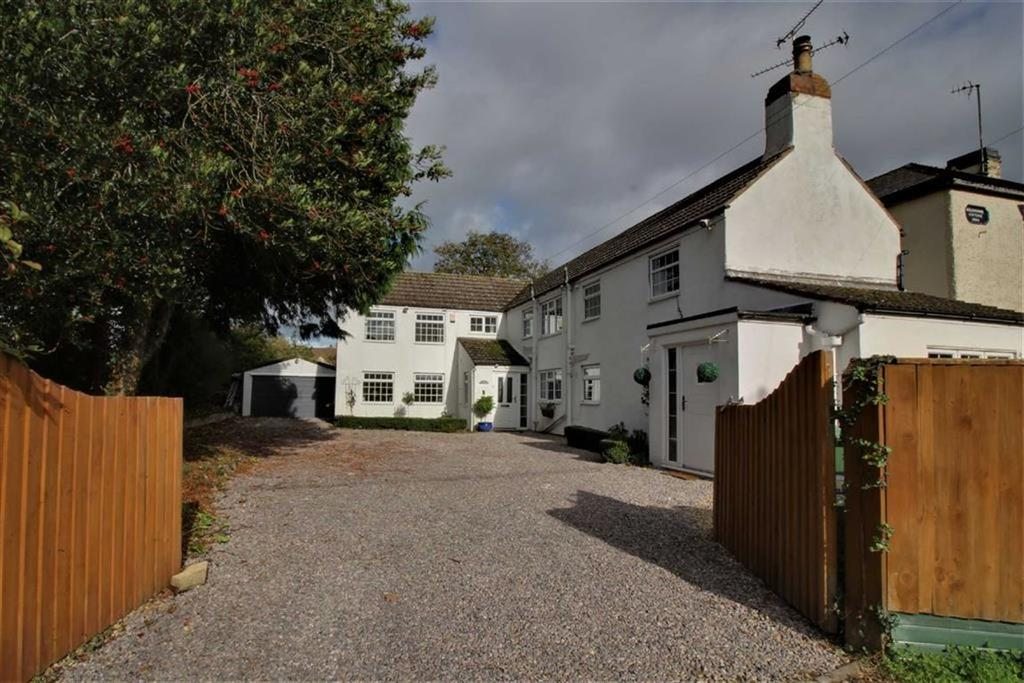 4 Bedrooms Detached House for sale in Epney, Epney, Gloucestershire