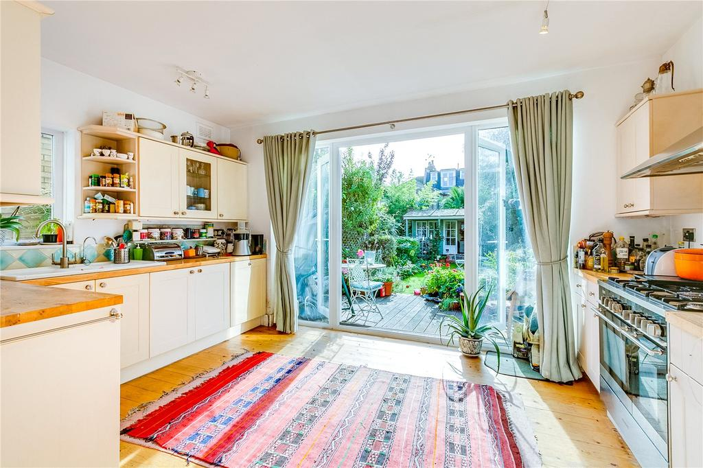 3 Bedrooms Terraced House for sale in Lillie Road, Fulham, London