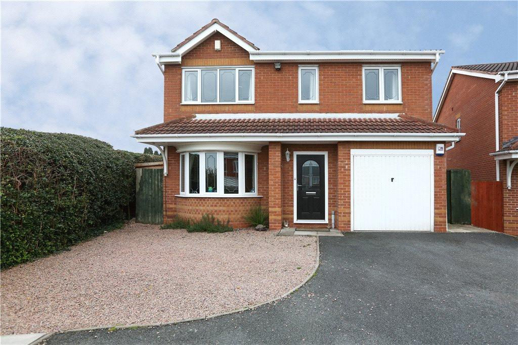 4 Bedrooms Detached House for sale in Cheltenham Avenue, Catshill, Bromsgrove, B61