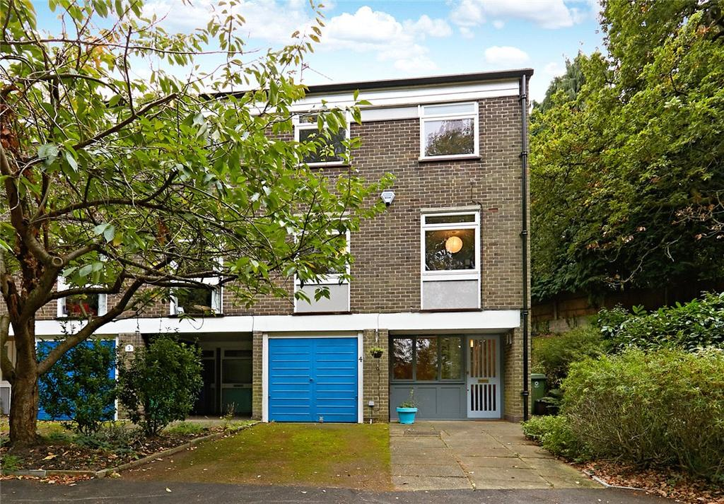4 Bedrooms Semi Detached House for sale in Peckarmans Wood, Sydenham, London, SE26