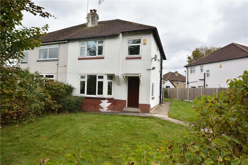 3 Bedrooms Semi Detached House for sale in Buckstone Oval, Leeds, West Yorkshire