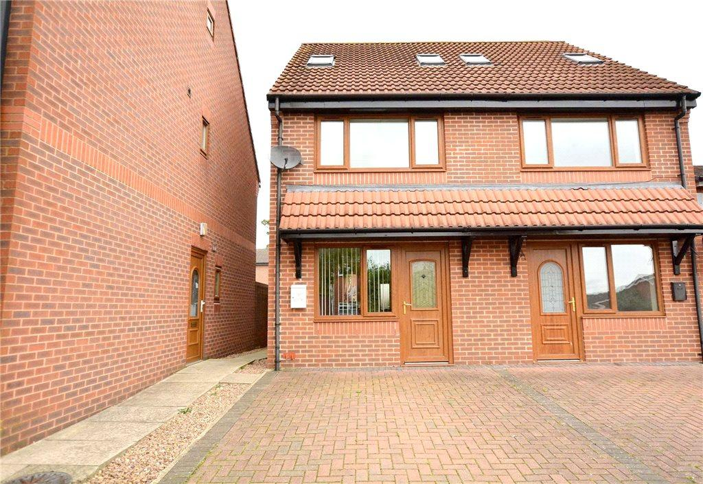 3 Bedrooms Semi Detached House for sale in The Haven, Leeds Bradford Road, Stanningley, Pudsey, West Yorkshire