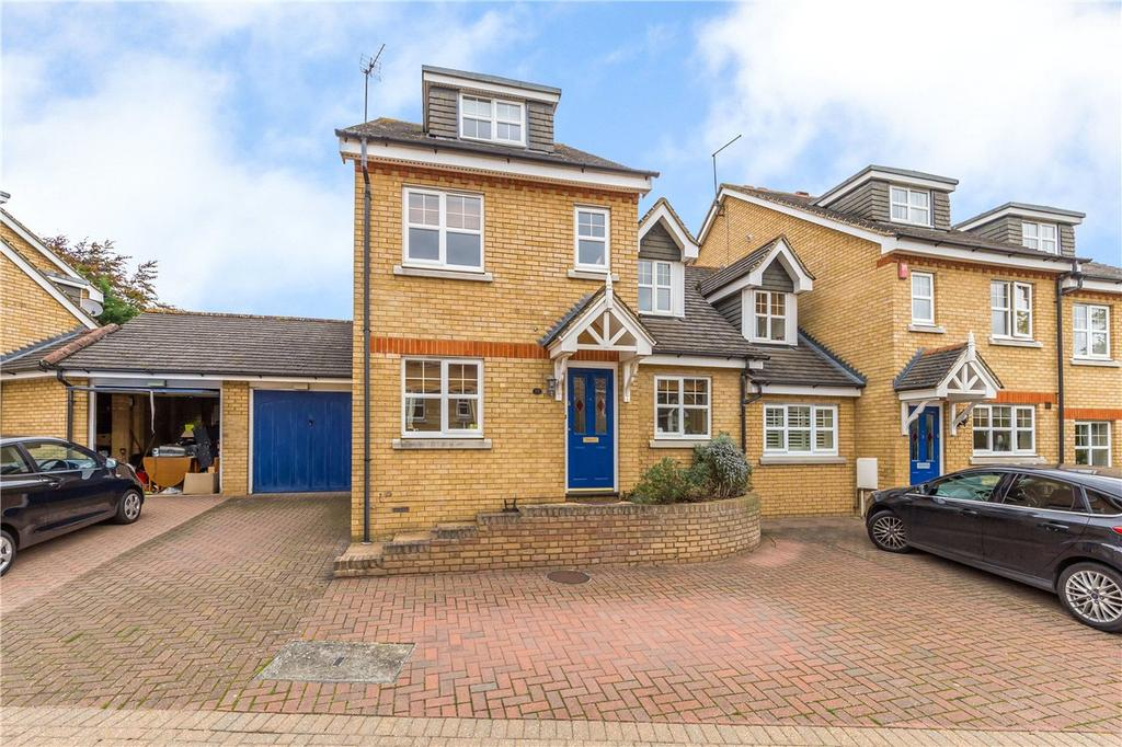5 Bedrooms Link Detached House for sale in Cob Lane Close, Digswell, Welwyn, Hertfordshire