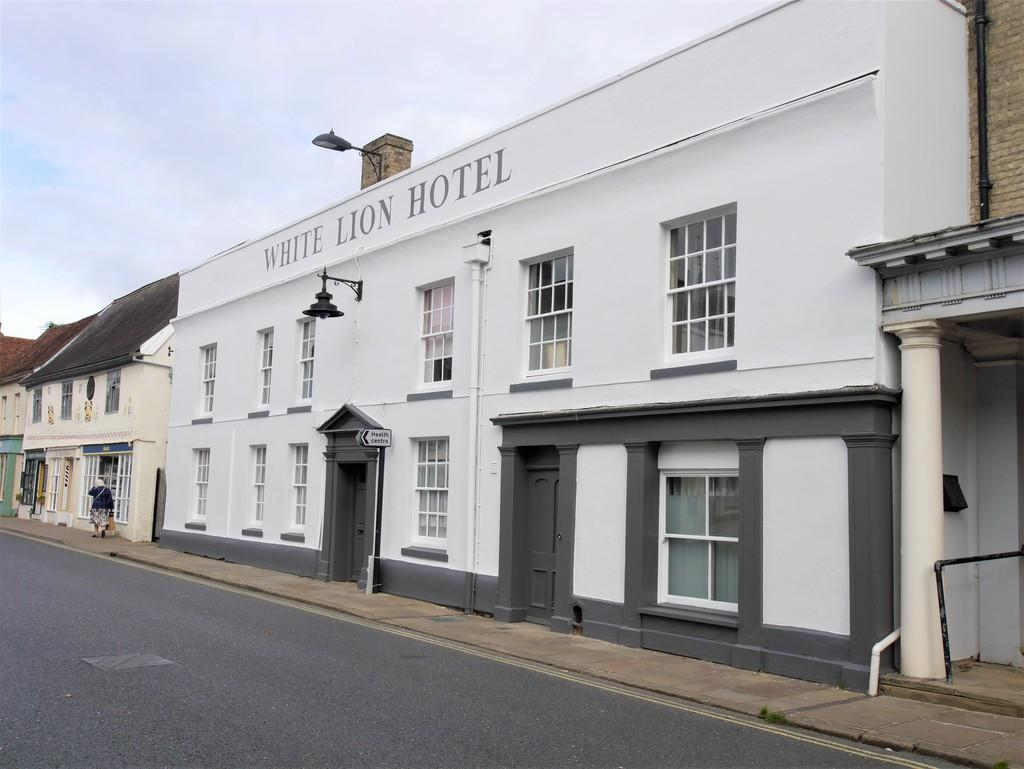 2 Bedrooms Maisonette Flat for sale in 3 White Lion Hotel, Hadleigh, Ipswich, Suffolk, IP7 5JE