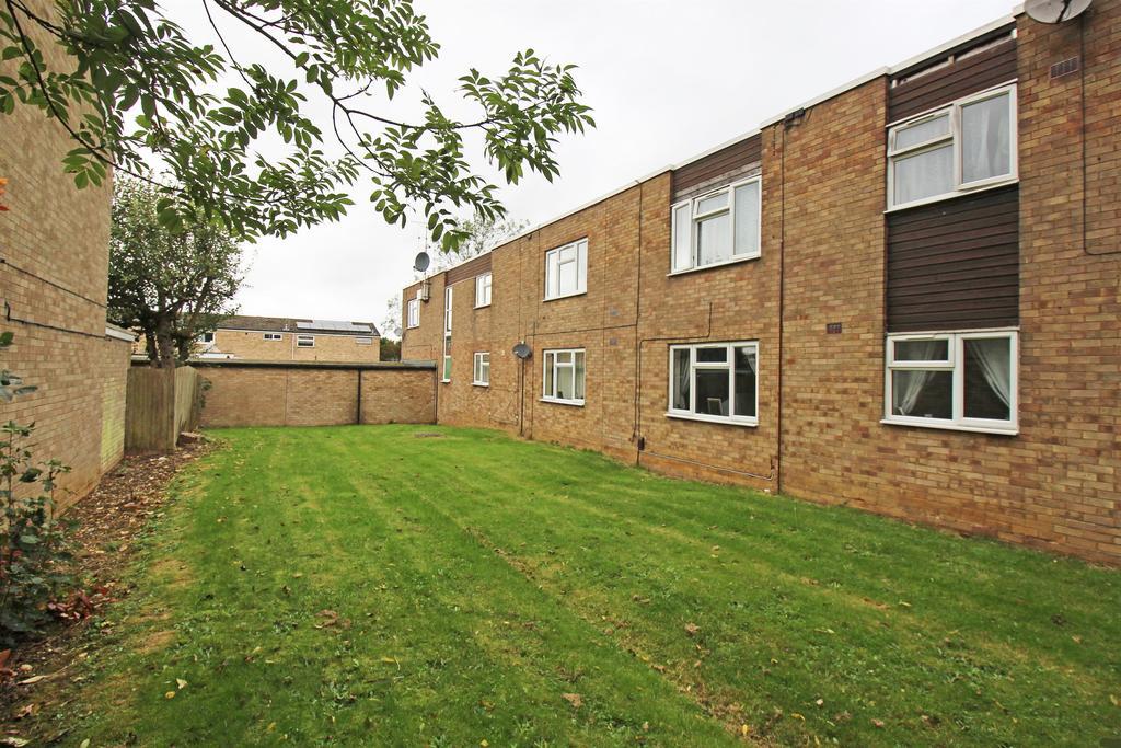 2 Bedrooms Flat for sale in Durham Road, Stevenage, SG1 4JB