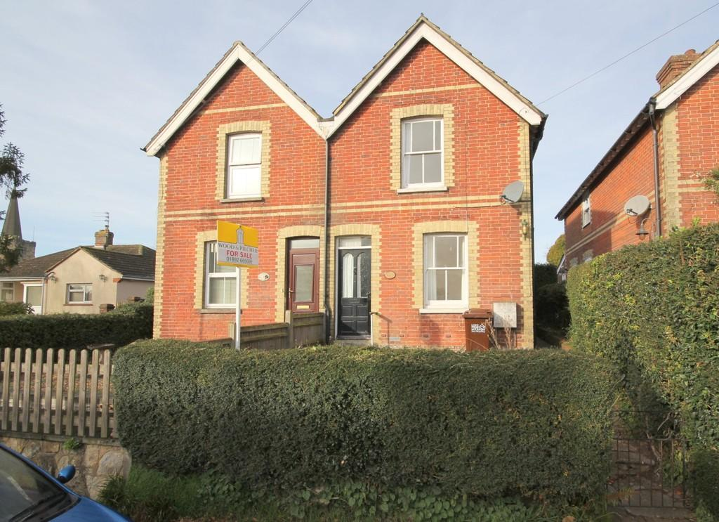 2 Bedrooms Semi Detached House for sale in North Street, Rotherfield