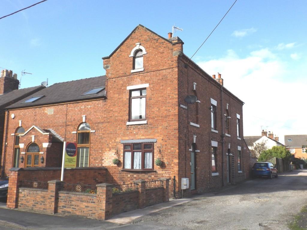 3 Bedrooms Semi Detached House for sale in Howard Street, Crewe