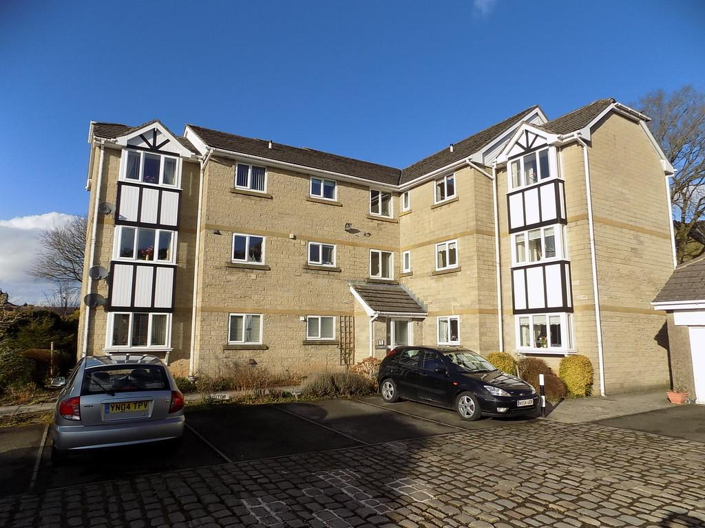 2 Bedrooms Apartment Flat for sale in Silverlands Park, Buxton