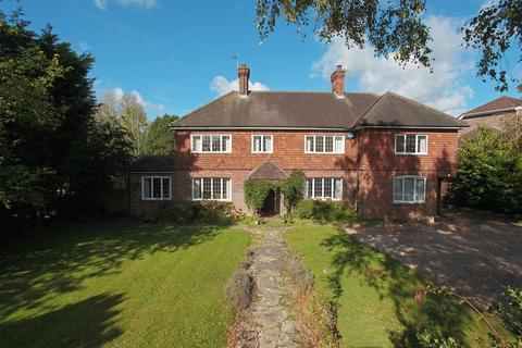 5 bedroom detached house for sale - Argos Hill, Rotherfield, East Sussex