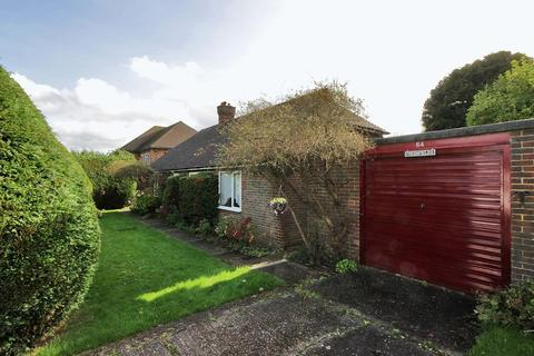 2 bedroom detached bungalow for sale - East Beeches Road, Crowborough
