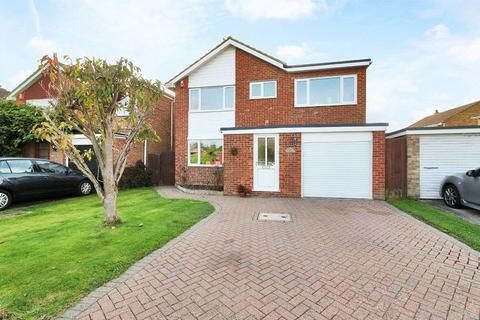 4 bedroom detached house for sale - Greenfields Way, Horsham