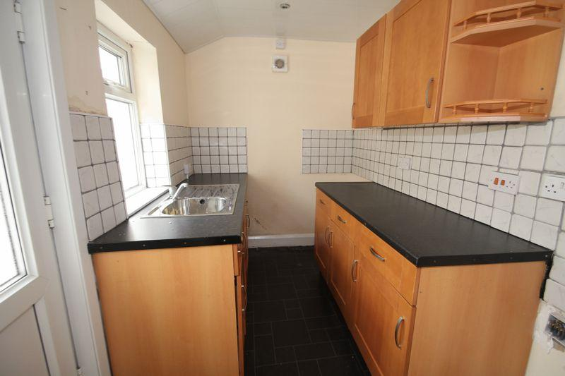 2 Bedrooms End Of Terrace House for sale in Wentworth Street, Middlesbrough